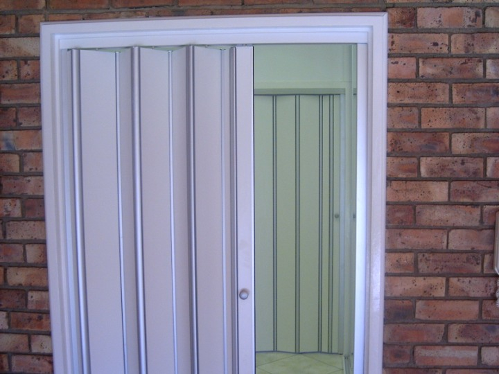 Folding doors folding doors for bathrooms south africa for Wood doors south africa